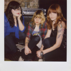 A Dose of The Vivian Girls