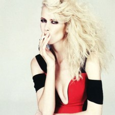 CLAUDIA SCHIFFER IN MUSE# 20-1