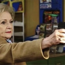 WHY BETTY WHITE SHOULD TWEET