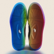 Nike BE TRUE 2012 Pride Pack