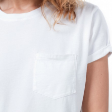 Everlane: The Perfect Tee